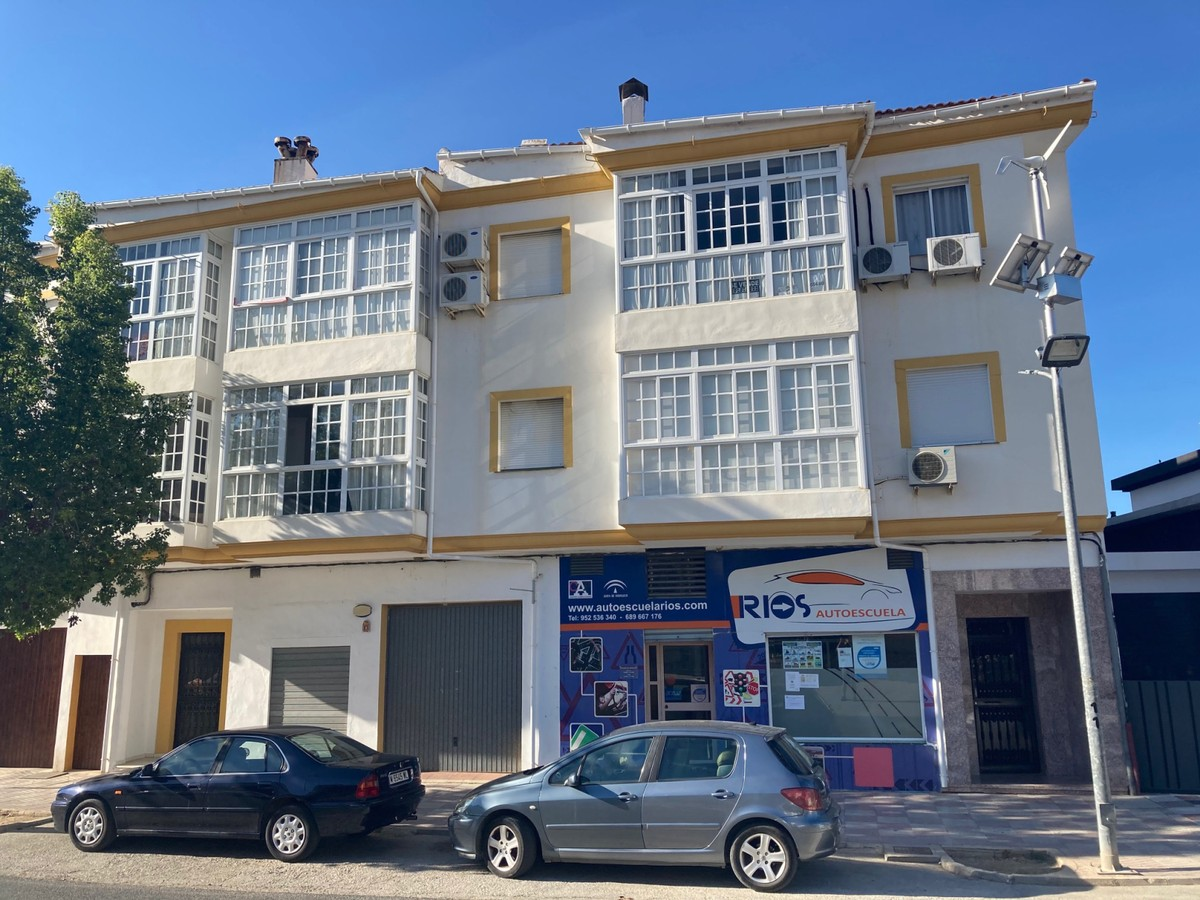 Quality apartment in Periana.